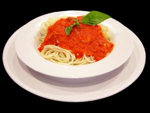 צלחת ספגטי ברוטב עגבניות